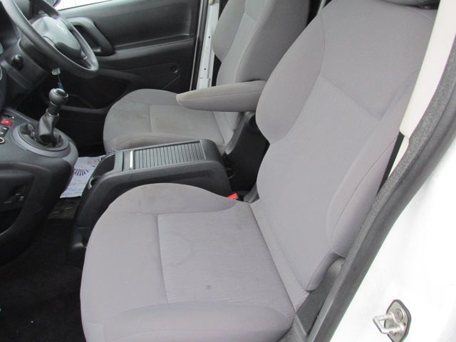 2014 Peugeot Partner HDI S L1 850 (142D13627) Image 11