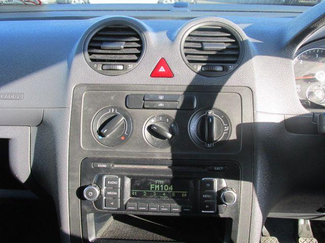 2014 Volkswagen Caddy C20 TDI STARTLINE (142D13784) Image 12