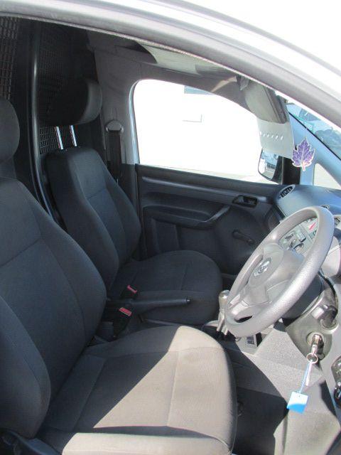 2014 Volkswagen Caddy C20 TDI STARTLINE (142D13784) Image 10