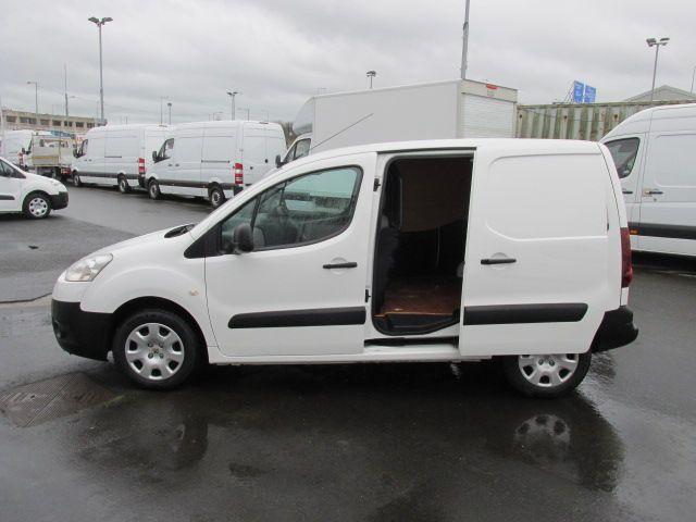 2014 Peugeot Partner HDI S L1 850 (142D14071) Image 9