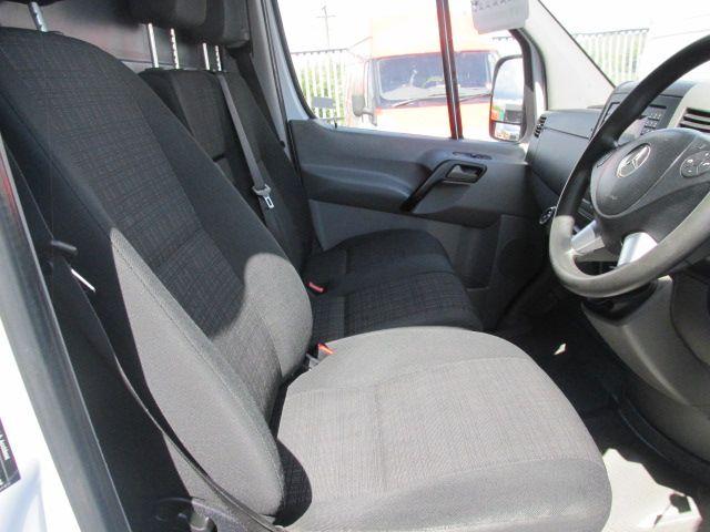 2014 Mercedes-Benz Sprinter 313/43 CDI VAN 5DR (142D17127) Image 12