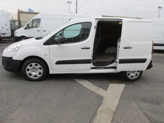 2014 Peugeot Partner HDI S L1 850 (142D17280) Image 11