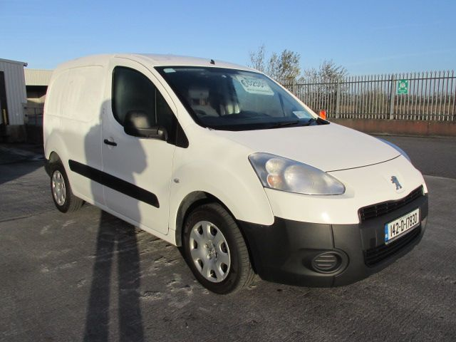 2014 Peugeot Partner 1.6 HDI Partner 850 S L1 90 (142D17830)