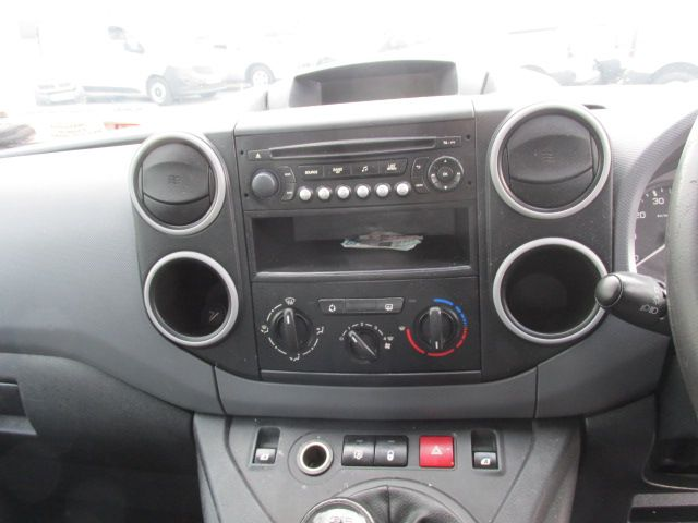 2014 Peugeot Partner HDI CRC          5 seater Crew Cab (142D18155) Image 16