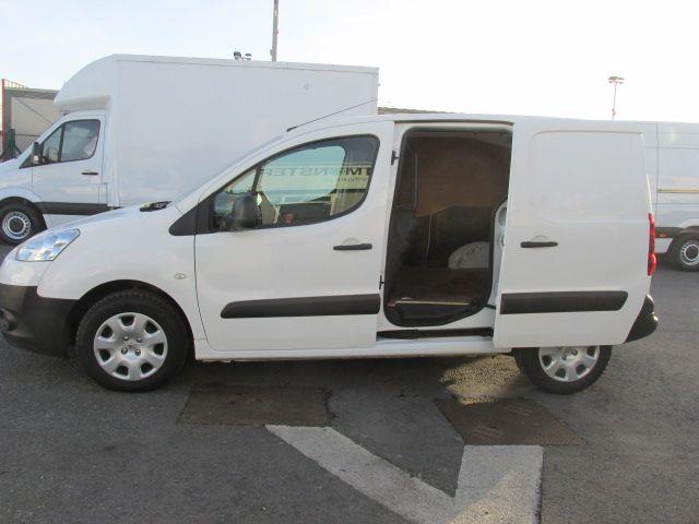 2014 Peugeot Partner HDI S L1 850 (142D18886) Image 10