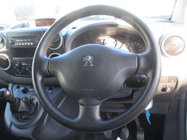 2014 Peugeot Partner HDI S L1 850 (142D18969) Image 16