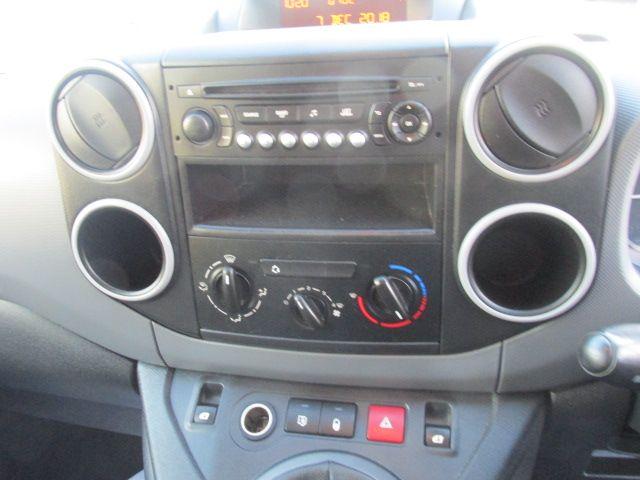 2014 Peugeot Partner HDI S L1 850 (142D19234) Image 12
