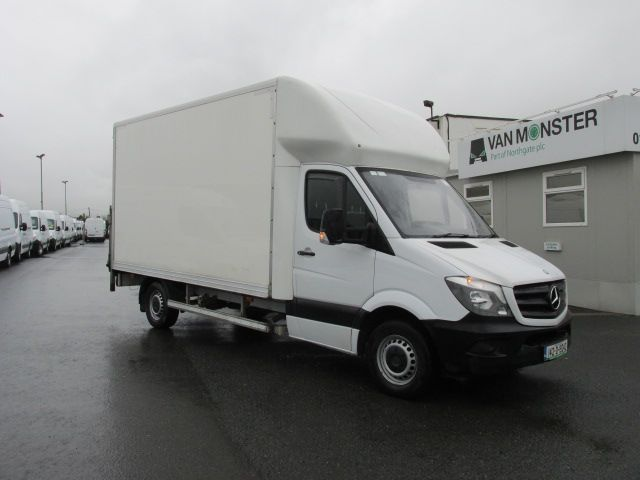 2014 Mercedes Sprinter 313 CDI       LUTON  /  TAIL  LIFT  (142D19242)