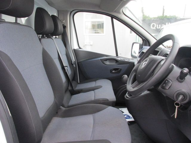 2014 Vauxhall Vivaro 2900 Cdti 5DR (142D19288) Image 13