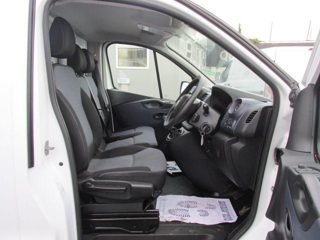 2014 Vauxhall Vivaro 2900 Cdti 5DR (142D19288) Image 12