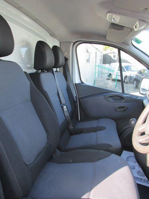 2014 Vauxhall Vivaro 2900 L1H1 CDTI P/V (142D19372) Image 10