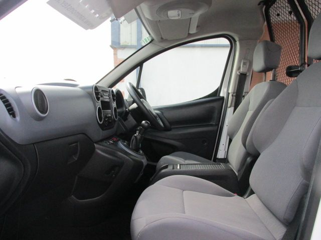 2014 Peugeot Partner HDI S L1 850 (142D13627) Image 9