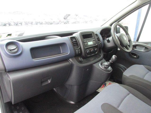 2014 Vauxhall Vivaro 2900 L1H1 CDTI P/V (142D19255) Image 10