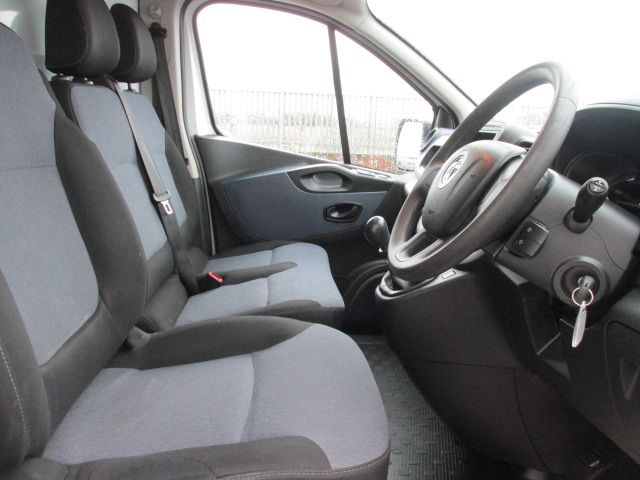 2014 Vauxhall Vivaro 2900 L1H1 CDTI P/V (142D19255) Image 11