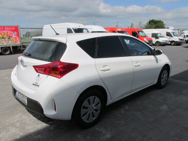 2014 Toyota Auris 1.4D4D Terra VAN 4DR (142D8022) Image 6