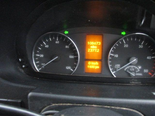 2015 Mercedes-Benz Sprinter CDI VAN 5DR (151D14940) Image 9