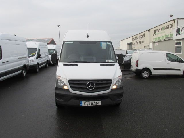 2015 Mercedes-Benz Sprinter CDI VAN 5DR (151D16364) Image 2