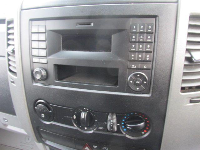 2015 Mercedes-Benz Sprinter CDI VAN 5DR (151D16364) Image 10