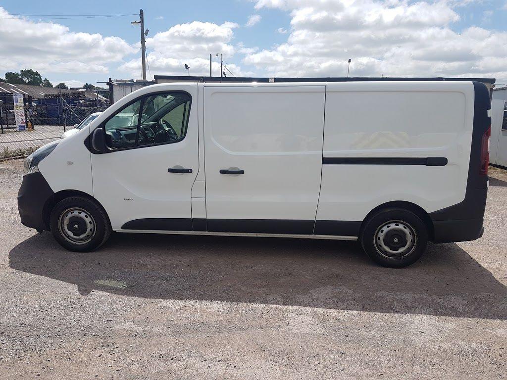 2015 Vauxhall Vivaro 2900 L2H1 CDTI P/V (151D21113) Image 14