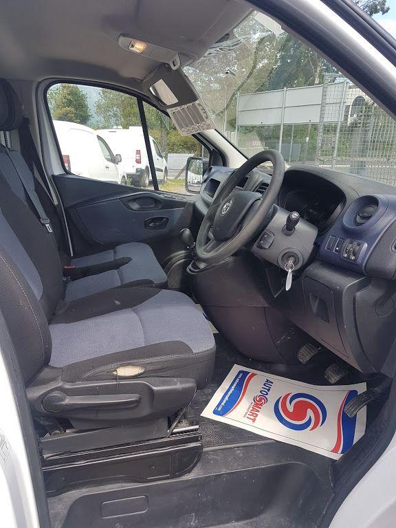 2015 Vauxhall Vivaro 2900 L2H1 CDTI P/V (151D21113) Image 8