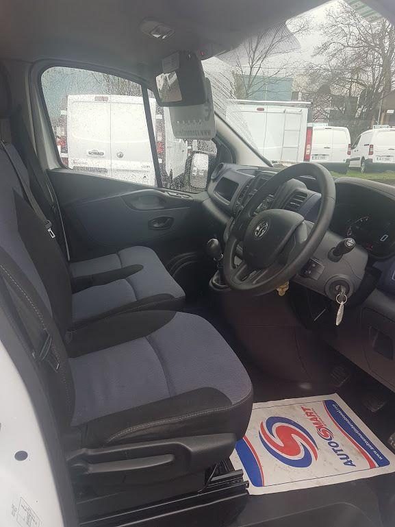 2015 Vauxhall Vivaro 2900 Cdti 5DR (151D21115) Image 6