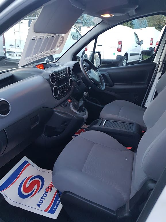 2015 Peugeot Partner HDI S L1 850 (151D22222) Image 14