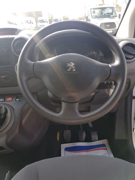 2015 Peugeot Partner HDI S L1 850 (151D22229) Image 4