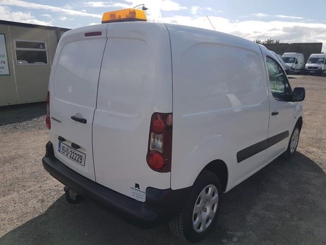 2015 Peugeot Partner HDI S L1 850 (151D22229) Image 8