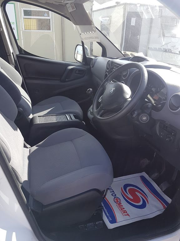 2015 Peugeot Partner HDI S L1 850 (151D22229) Image 6