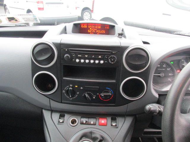 2015 Peugeot Partner HDI S L1 850 (151D24790) Image 12