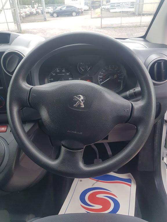 2015 Peugeot Partner HDI S L1 850 (151D24844) Image 5