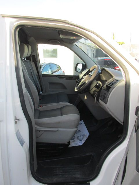2015 Volkswagen Transporter T28 TDI P/V STARTLINE (151D24856) Image 10