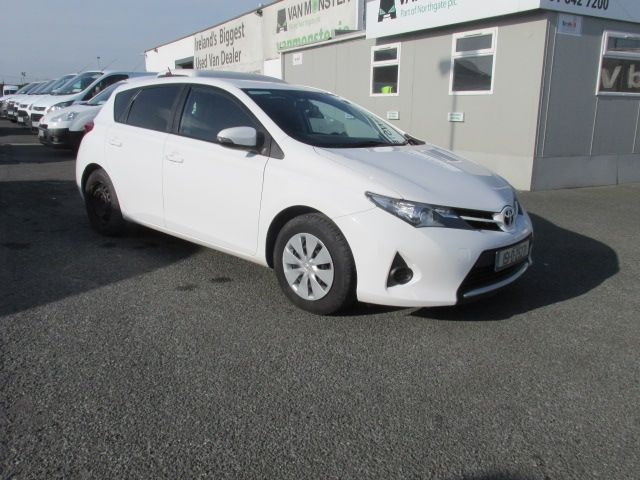 2015 Toyota Auris 1.4D4D TERRA VAN 4DR (151D25271)