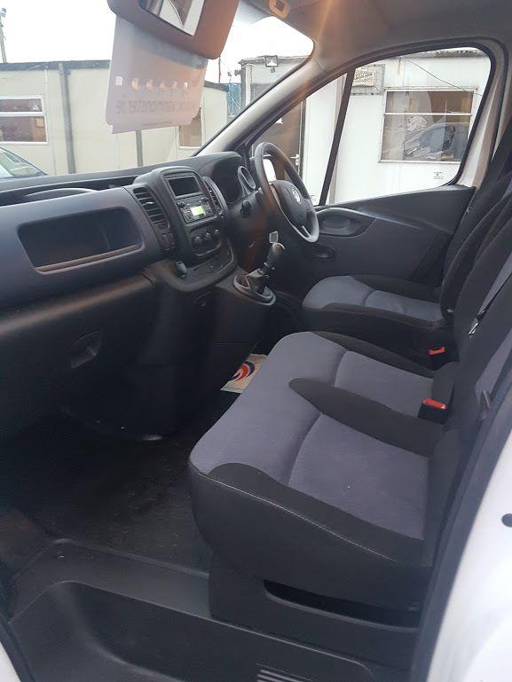 2015 Vauxhall Vivaro 2900 L1H1 CDTI P/V (151D29287) Image 14