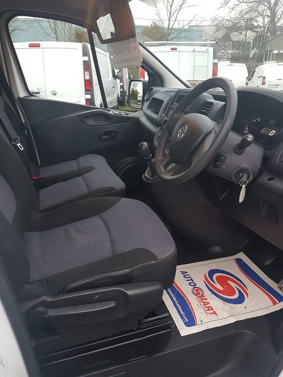 2015 Vauxhall Vivaro 2900 L1H1 CDTI P/V (151D29287) Image 6