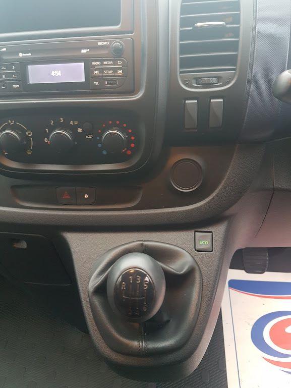 2015 Vauxhall Vivaro 2900 L1H1 CDTI P/V (151D29287) Image 3