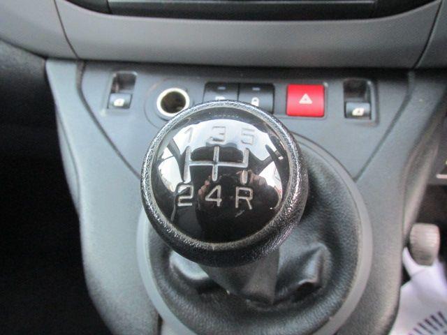 2015 Peugeot Partner HDI S L1 850 (151D29306) Image 16
