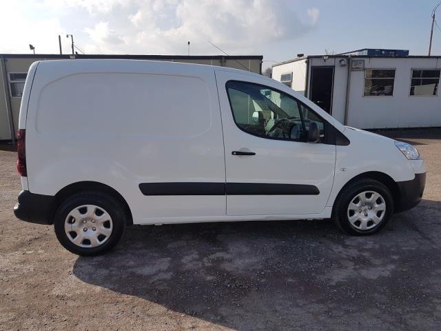 2015 Peugeot Partner HDI S L1 850 (151D29308) Image 7
