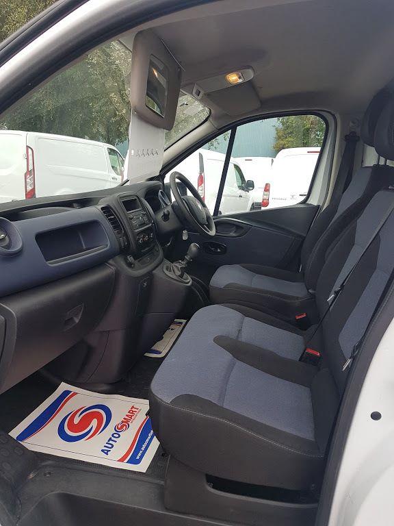 2015 Vauxhall Vivaro 2900 Cdti 5DR (151D29793) Image 15