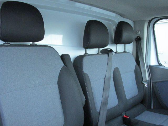 2015 Vauxhall Vivaro 2900 L1H1 CDTI P/V (151D29799) Image 18