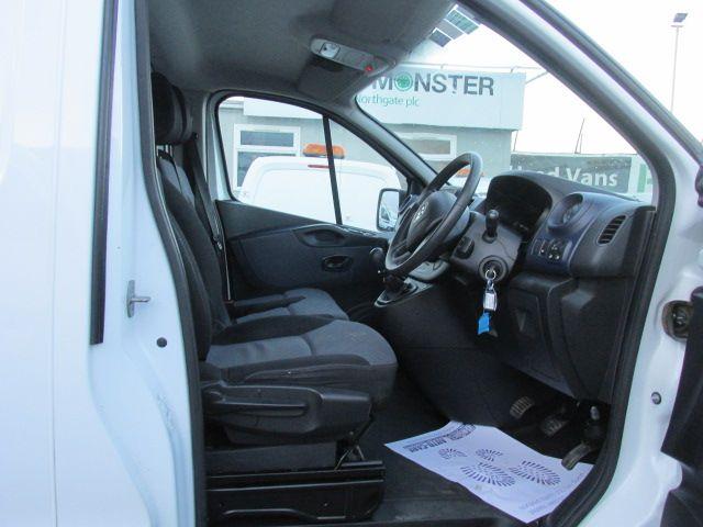 2015 Vauxhall Vivaro 2900 L1H1 CDTI P/V (151D29799) Image 13