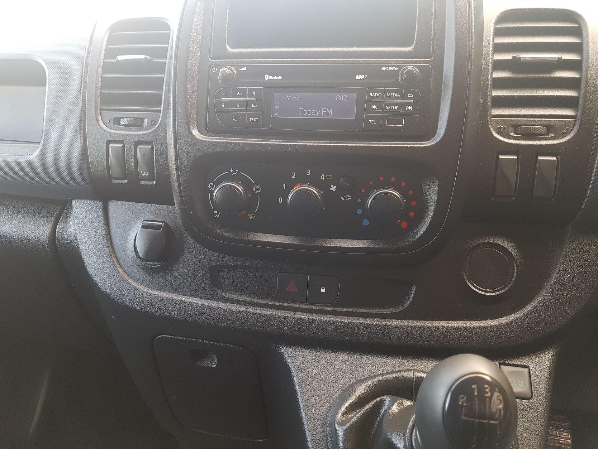 2015 Vauxhall Vivaro 2900 L2H1 CDTI P/V (151D30521) Image 12