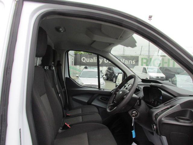2015 Ford Transit Custom 290 LR P/V (151D30550) Image 6