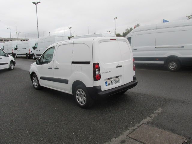 2015 Peugeot Partner CHOICE OF 25 FROM €4950 (151D32068) Image 5