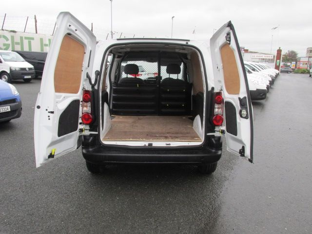 2015 Peugeot Partner HDI S L1 850 (151D32069) Image 9