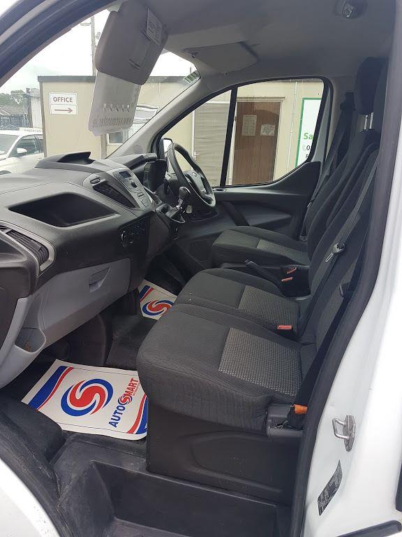 2015 Ford Transit Custom 290 LR P/V (151D35975) Image 16