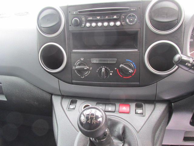 2015 Peugeot Partner HDI S L1 850 (151D37056) Image 15
