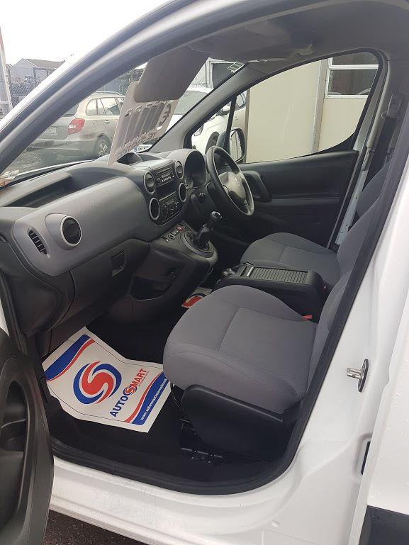 2015 Peugeot Partner HDI S L1 850 (151D37067) Image 14