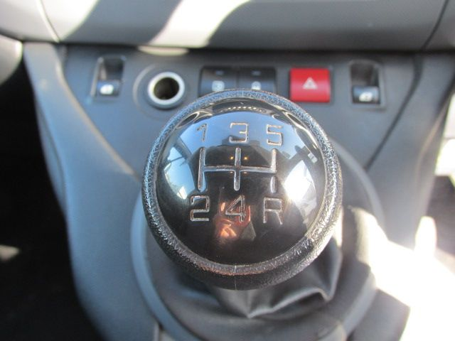 2015 Peugeot Partner HDI SE L1 850 (151D39617) Image 11