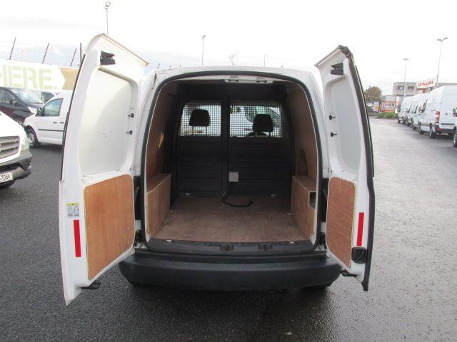 2015 Volkswagen Caddy C20 TDI STARTLINE (151D39635) Image 8